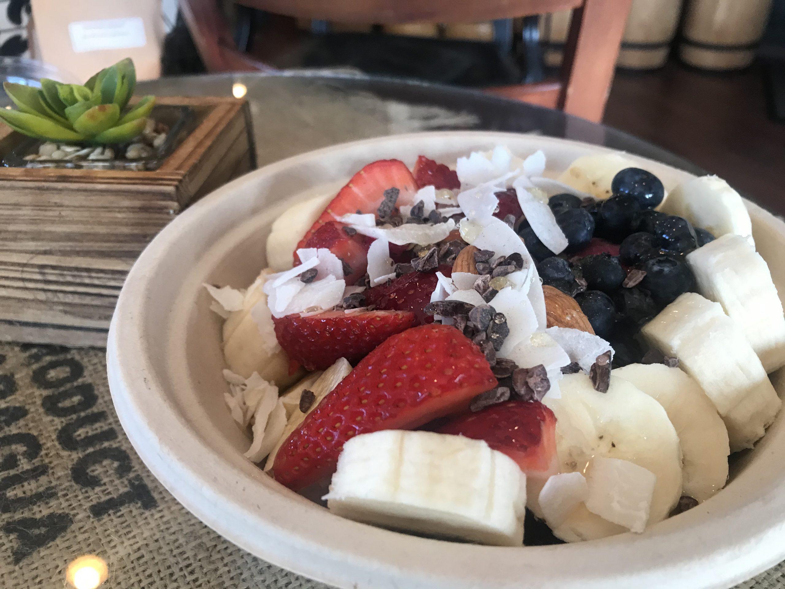 organic pitaya bowl